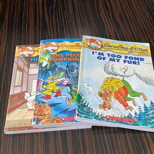 Scholastic Books Geronimo Stilton Series